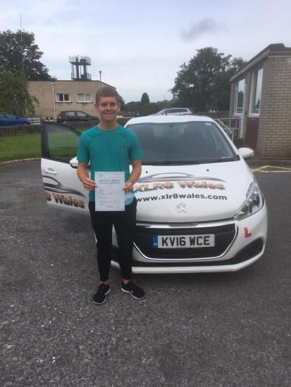 Well done to Ethan Scriven on passing his driving test 1st time in Brecon with zero driving faults!! What an incredible result!!!!